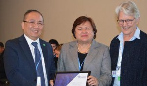 Loren Legarda is global champion for resilience at COP 21